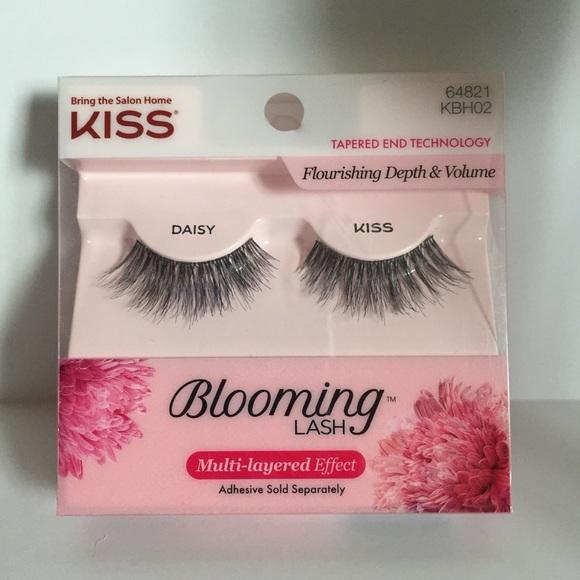 8f7a6f4e6de Kiss Makeup | Blooming Lash Daisy Lashes | Poshmark